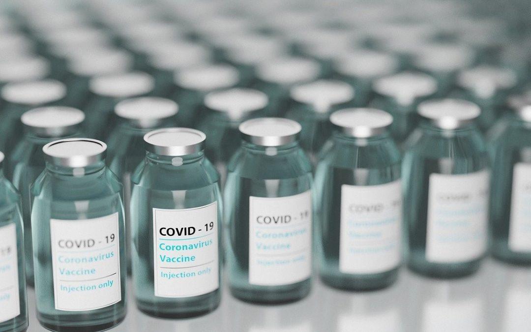 Las farmacias, ¿posibles aliadas de vacunación contra la Covid-19?