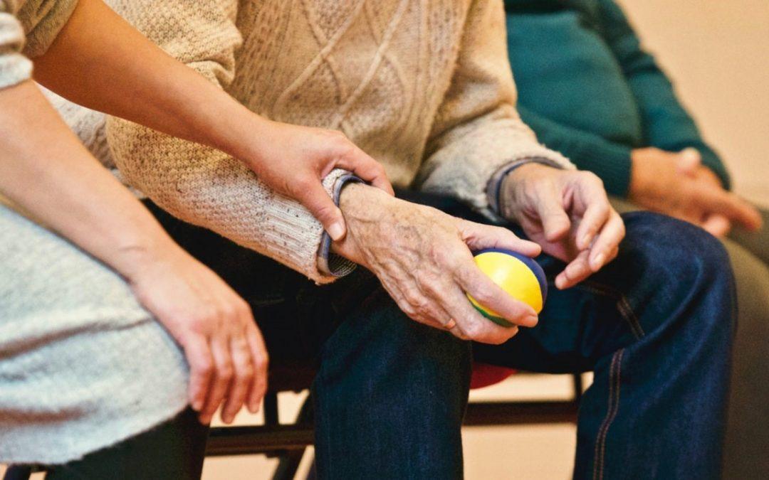 Asistencia a dependientes: las tareas más importantes en el día a día