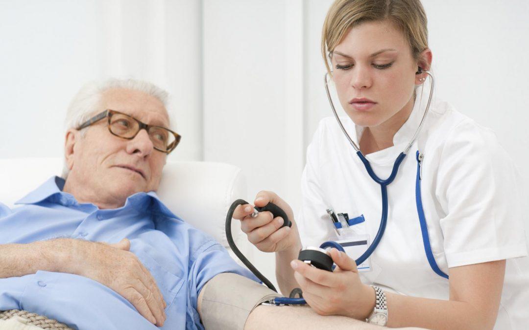 ¿Por qué los grados en el sector sanitario tienen más salidas laborales?