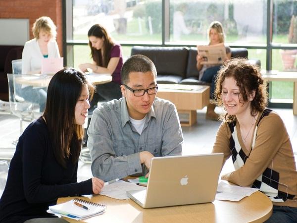 Las ventajas de estudiar un grado superior para tu CV